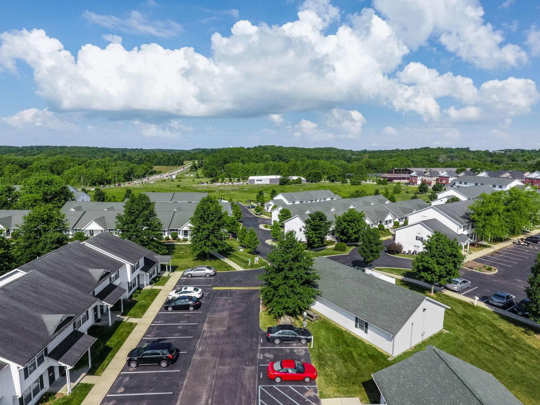 Adams Village Apartments Bloomington In